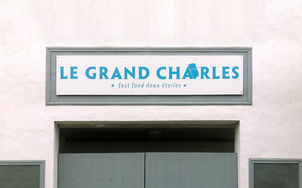 Devanture — Peintre en lettre Louis Schäfer graphisme — Nantes Le Grand Charles
